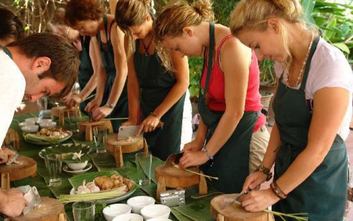 Hue Cooking Class Tour - Vietnam Express Travel